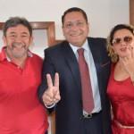 Vice-prefeito, vereadores e lideranças de Angicos reafirmam apoio à reeleição de Ezequiel