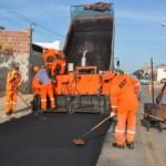 Macau: Prefeitura investe mais de meio milhão na conservação e manutenção da pavimentação de quase 40 ruas.