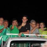 Prefeito Kerginaldo, ex-prefeito Flávio Veras com Garibaldi, Rafael e Ezequiel na passeata das mulheres.