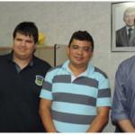 Macau: Prefeito e vice-prefeito visitam secretarias e motivam equipe.