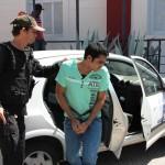 """Acusado de matar Alcilene Brito """"Fia"""" Chega ao fórum em Macau sobre forte escolta policial."""