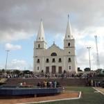 Homem fica por mais de 4hrs em torre de igreja em Ceará-mirim.