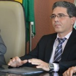 Ex-prefeito Einstein Barbosa pede direito de resposta ao portal.